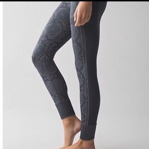 Lululemon Seamless Legging Sz 6